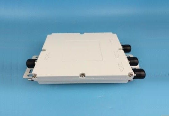 300W Input Triple Band Combiner Low Insertion Loss 380 - 2170 MHZ Range